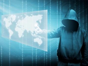 thema-cybercrime-hacker-hooded-man_foto
